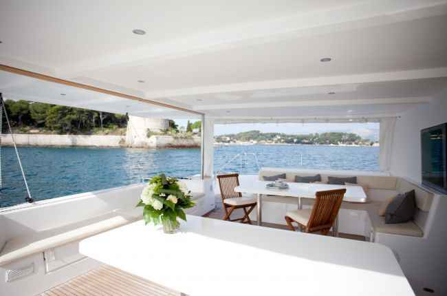 catamaran-dream-60 - images 0
